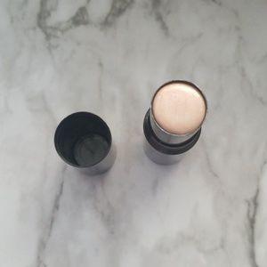 Chanel liquid highlighter